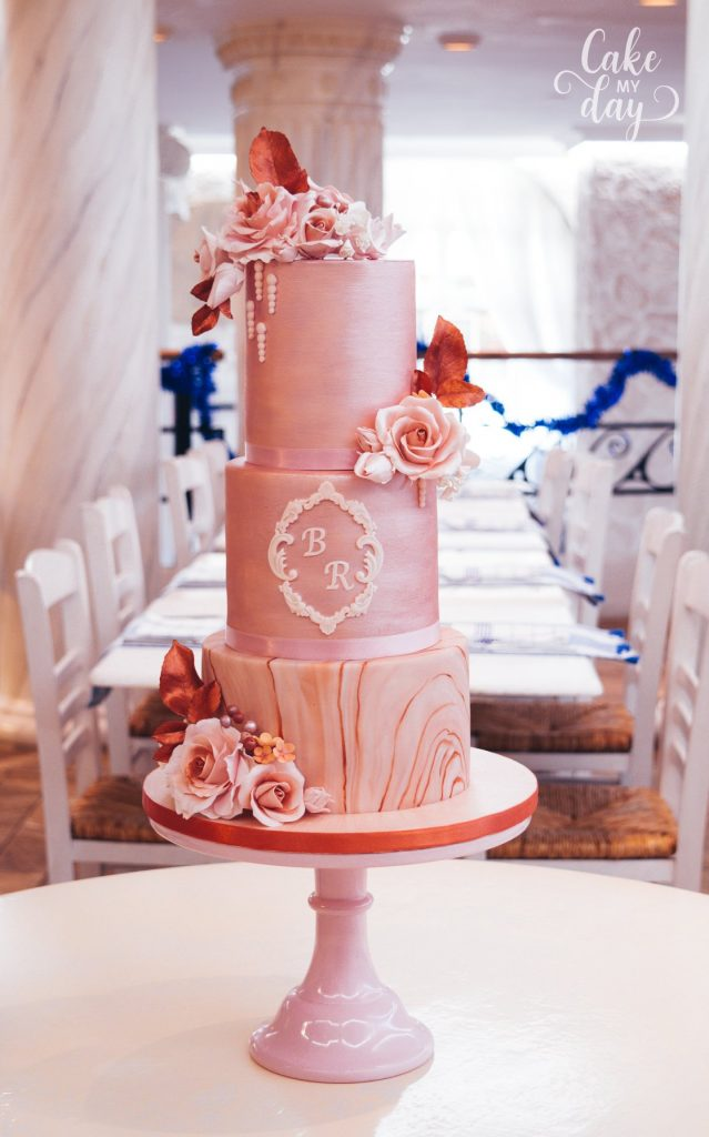 3 tiers marbled sorbet cake and avalanche roses